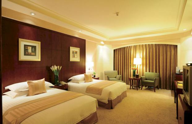 фото The Loong Palace Hotel & Resort (ex. Crowne Plaza Hotel North Beijing) изображение №22