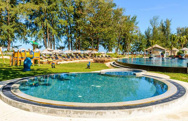 фото отеля Mai Khao Lak Beach Resort & Spa изображение №5