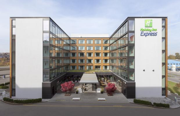 фото отеля Holiday Inn Express Zurich Airport изображение №1