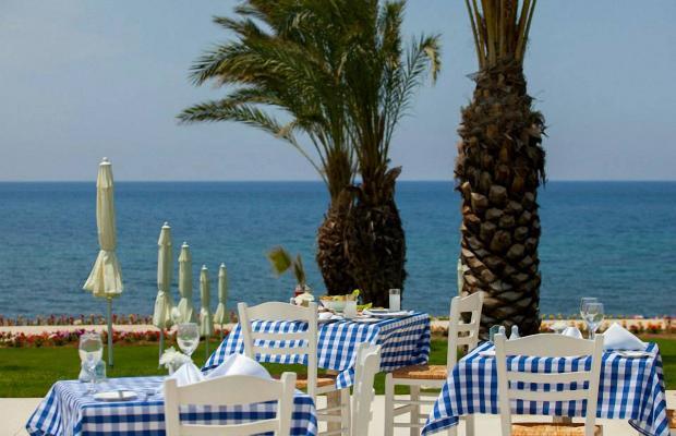 фото отеля King Evelthon Beach Hotel & Resort изображение №101