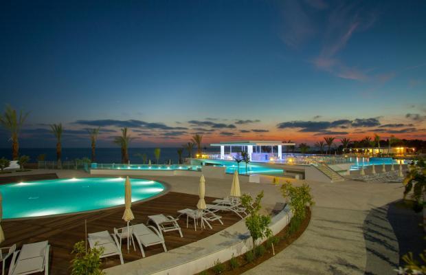 фотографии King Evelthon Beach Hotel & Resort изображение №8