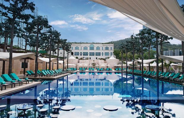 фото отеля Banyan Tree Club & Spa изображение №1