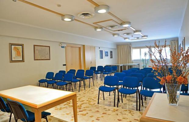 фото Hotel Tre Fontane изображение №6
