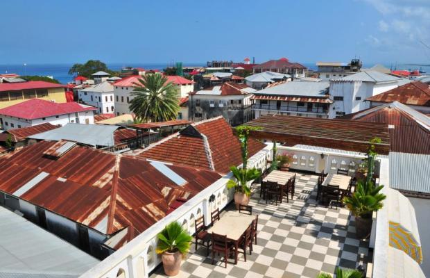 фото Dhow Palace Hotel  изображение №2