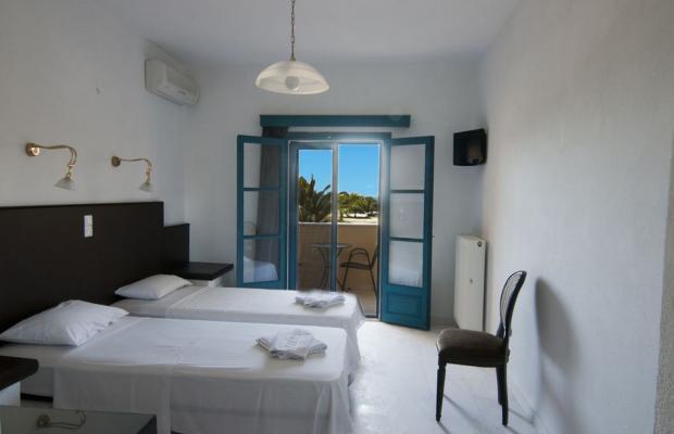 фотографии Karavostasi Beach Hotel изображение №24