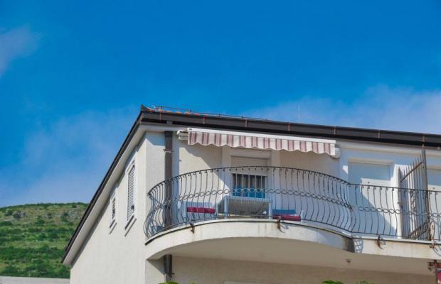 фото отеля Seaside Apartments Petrovac изображение №1