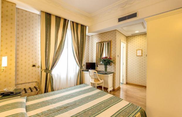 фотографии отеля LA LUMIERE DI PIAZZA DI SPAGNA HOTEL изображение №3