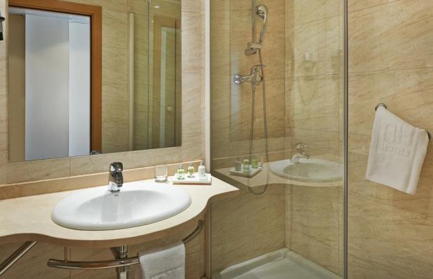 фото отеля NH Barcelona La Maquinista изображение №9