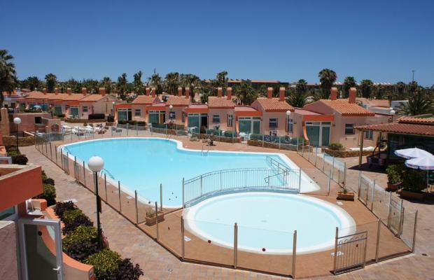 фото отеля Bungalows Castillo Playa изображение №1