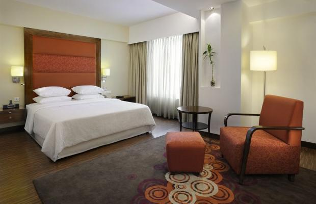 фото отеля Four Points by Sheraton Ahmedabad (ex. Royal Orchid Central) изображение №13