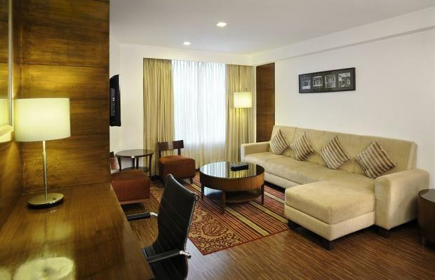 фотографии Four Points by Sheraton Ahmedabad (ex. Royal Orchid Central) изображение №20