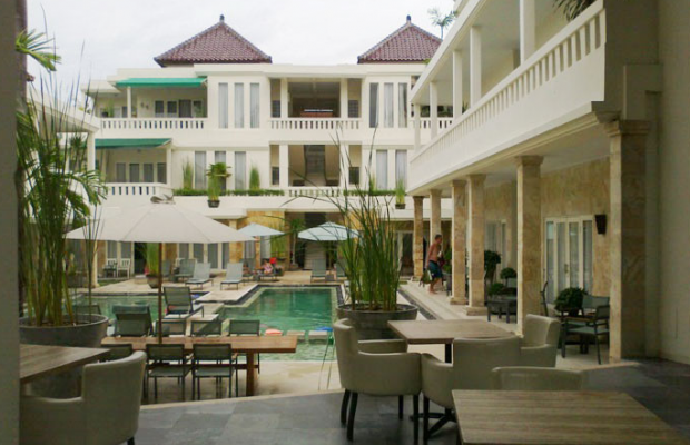 фото отеля Bali Court Hotel & Apartments изображение №9
