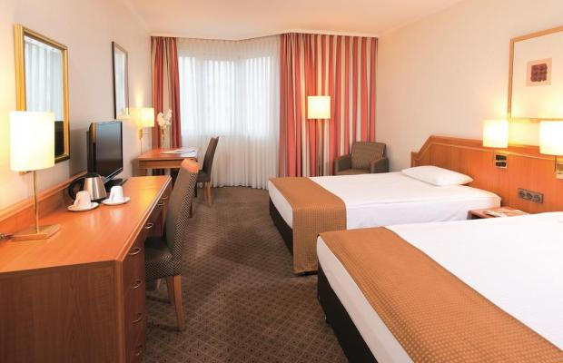 фотографии Leonardo Hotel Dusseldorf City Center (ex. Holiday Inn Dusseldorf) изображение №8