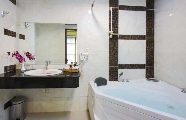 фото Bloom Saigon Hotel изображение №2