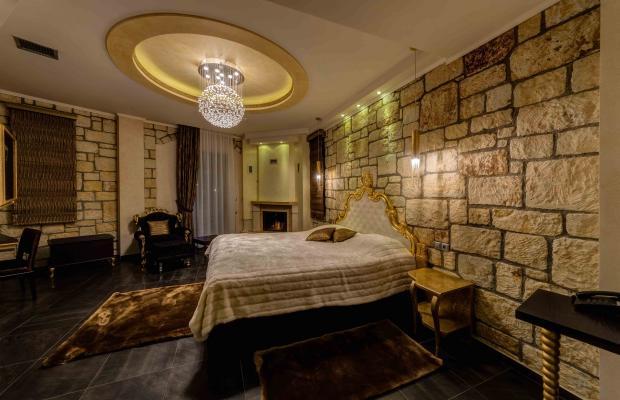 фото отеля Chateau Rond Suites изображение №17