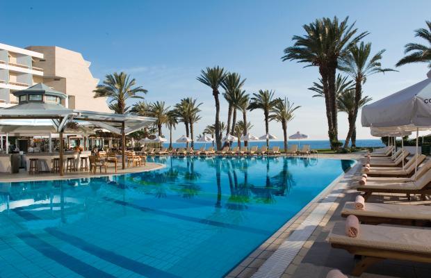 фото отеля Constantinou Bros Pioneer Beach Hotel изображение №1