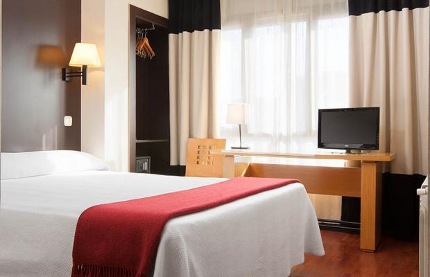 фотографии отеля NH Delta изображение №3