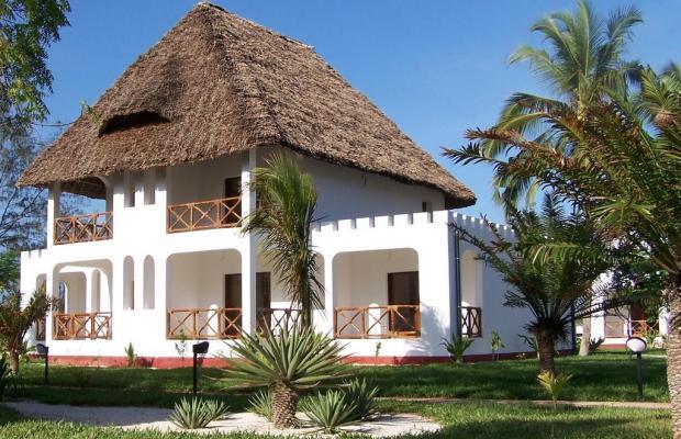 фото отеля Uroa Bay Beach Resort изображение №1