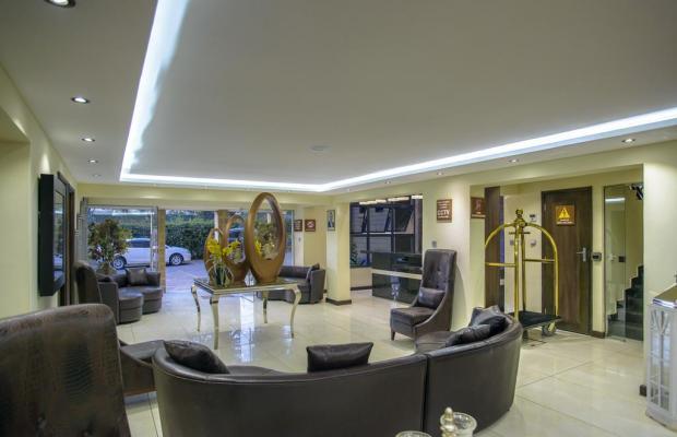 фото отеля The Landmark Suites изображение №1