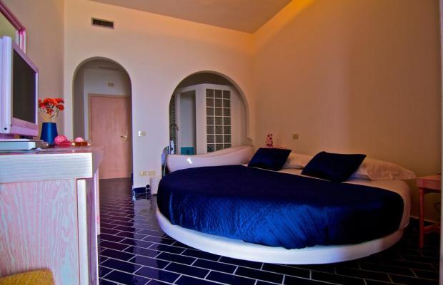 фото Holiday Hotel изображение №22