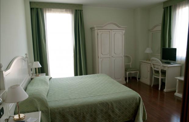фото отеля International Hotel изображение №29