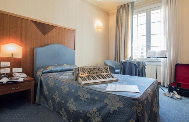 фото Astoria Hotel изображение №6