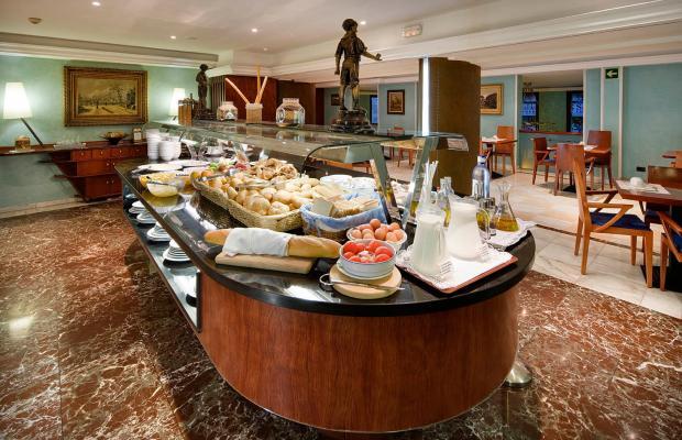фотографии Gran Hotel Barcino изображение №40