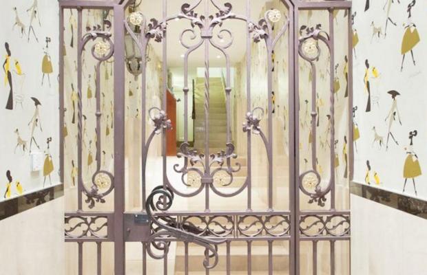 фото AinB Las Ramblas Colon Apartments изображение №2