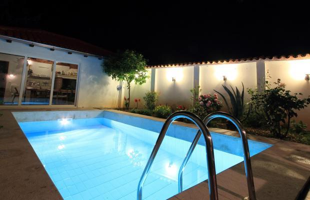 фото Villa Gloria изображение №2