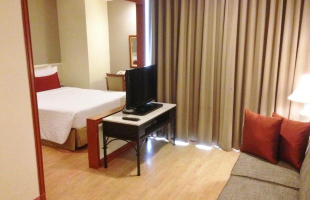 фото отеля Evergreen Place изображение №17