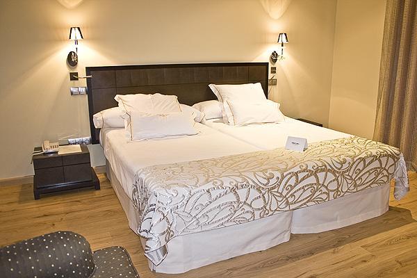 фотографии отеля Villa Nazules Hipica Spa изображение №3