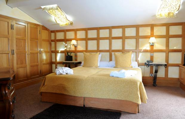 фото отеля Chateau de Brindos изображение №5
