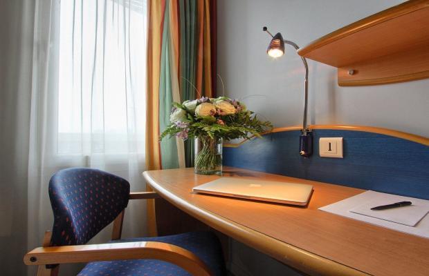 фотографии отеля Pavillon Italie (Ex. Holiday Inn) изображение №3