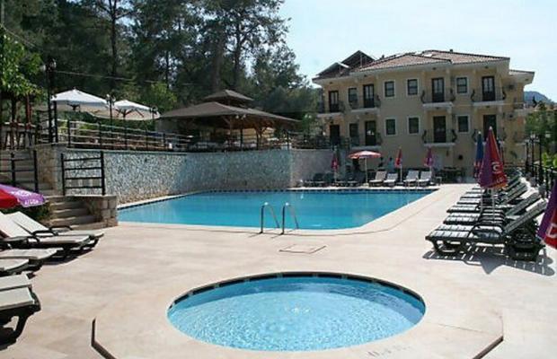 фото отеля St.Nicholas Grove изображение №1