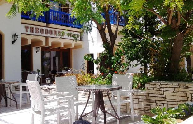 фотографии Theodorou Beach Hotel изображение №16