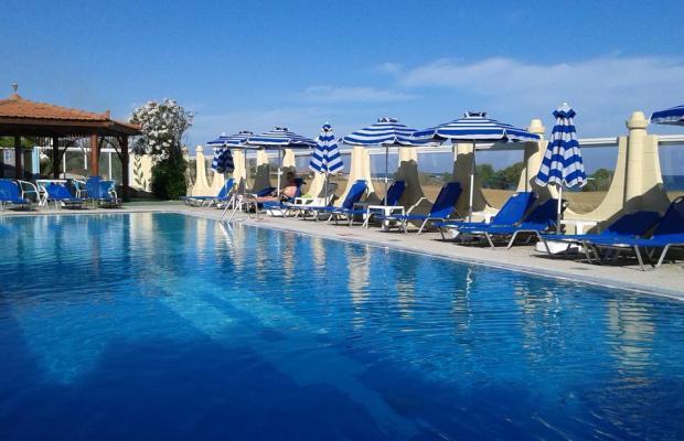фотографии Nirvana Beach Hotel изображение №12