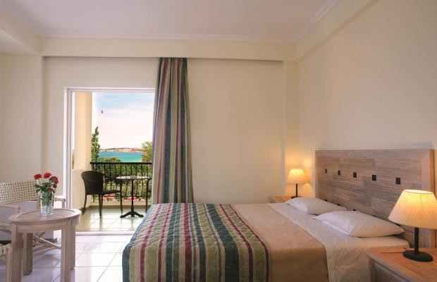 фото Portes Beach Hotel изображение №10