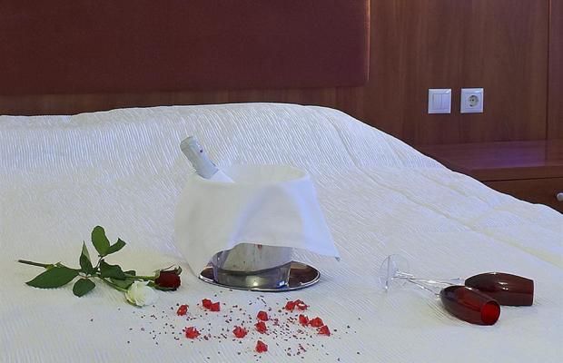 фото отеля Parnis Palace изображение №17