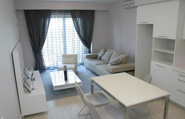 фотографии отеля Алушта Роял Апартментс (Alushta Royal Apartments) изображение №3