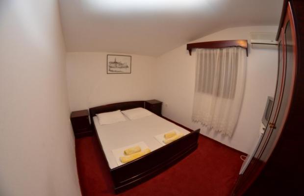 фотографии отеля Apartments and Rooms Vujacic изображение №11