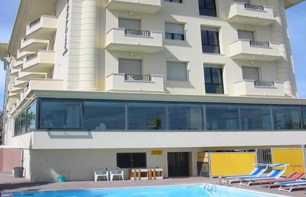 фото отеля Metropole  изображение №1