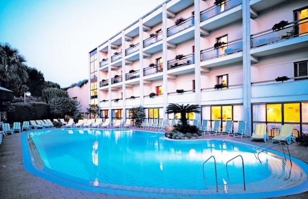 фото отеля Grand Hotel Terme Di Augusto изображение №1