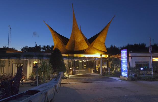 фото отеля Aston Sunset Beach Resort - Gili Trawangan (ex. Queen Villas & Spa) изображение №29