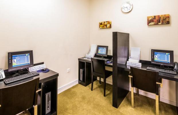 фотографии отеля Holiday Inn Express Dubai Airport изображение №11
