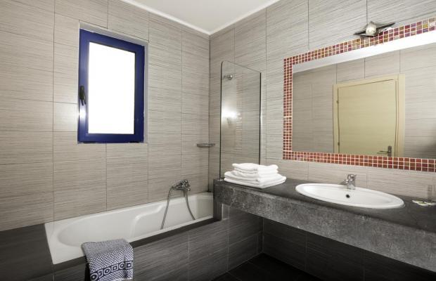 фото отеля Ekaterini Hotel изображение №21