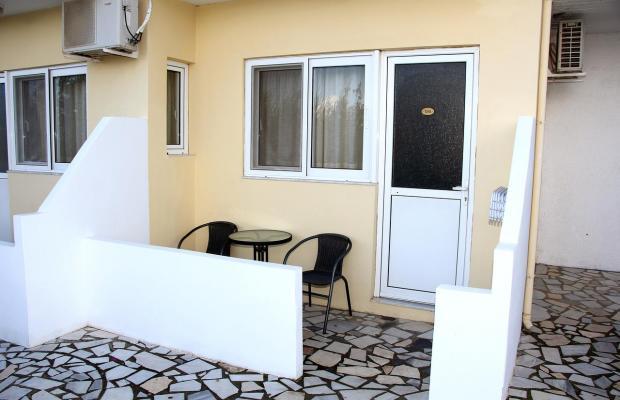 фото Karavos Apartments изображение №2