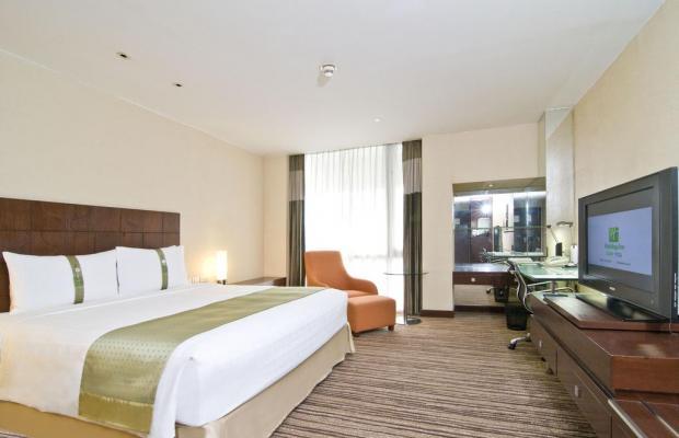 фото Holiday Inn Bangkok изображение №18