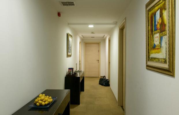 фото отеля Royalty Suites изображение №37