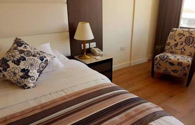 фото Ambassador Hotel изображение №10