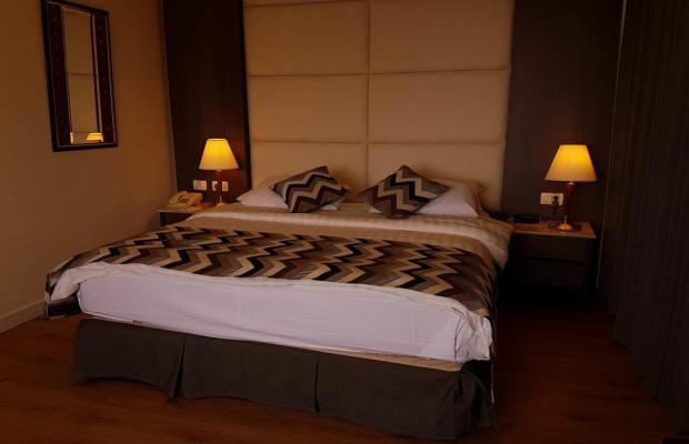 фото отеля Ambassador Hotel изображение №5